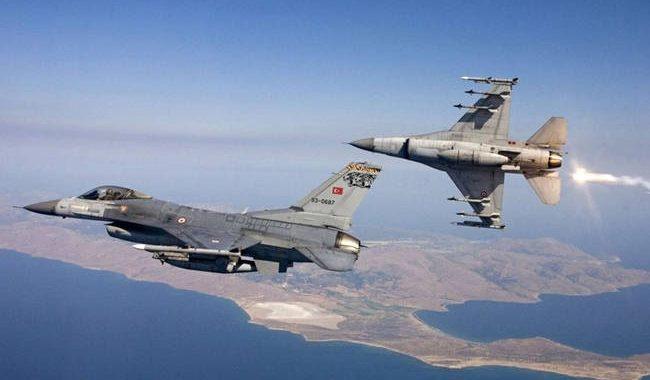 «Σουρωτήρι» το Αιγαίο: Μπαράζ παραβιάσεων και εικονικές αερομαχίες με οπλισμένα τουρκικά αεροσκάφη