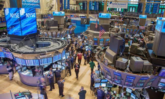 Νευρικότητα στη Wall Street: Συνεχίζονται οι απώλειες στον S&P 500