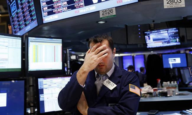 Νέο μίνι sell-off στη Wall Street: Βουτιά 608 μονάδων στον Dow Jones