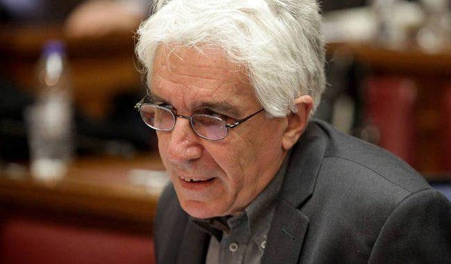 Παρασκευόπουλος: Εγώ και η οικογένειά μου δεχόμαστε απειλές και ύβρεις για το νόμο μου