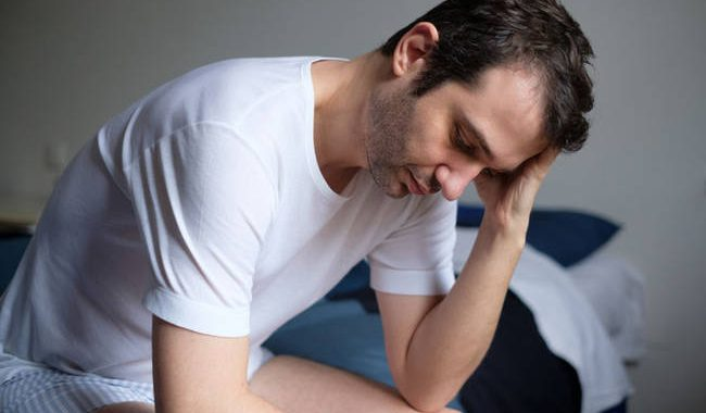 Κίνδυνος εγκεφαλικού & ώρες ύπνου: Τα επικίνδυνα όρια για τους άνδρες