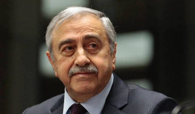 «Πολιτικό πλήγμα για τον Ακιντζί» η μυστική συνάντηση Αναστασιάδη με Τσαβούσογλου