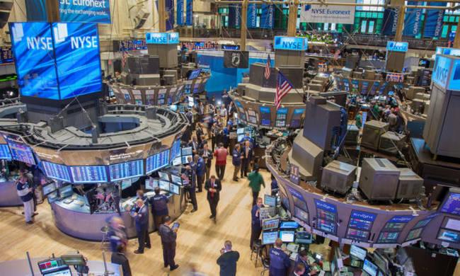Μικρά κέρδη στη Wall Street σε μια συνεδρίαση για γερά νεύρα