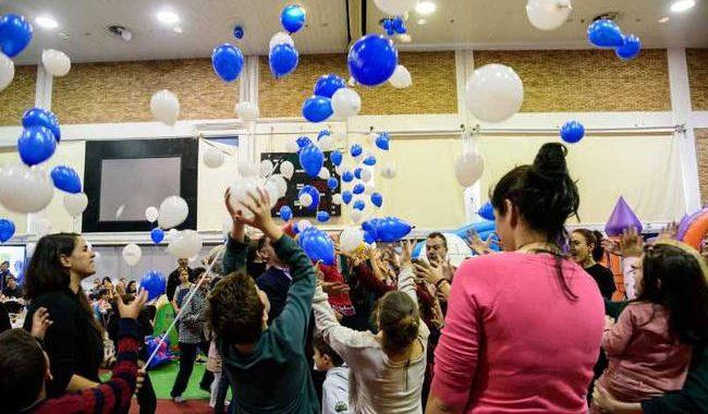 Τα παιδιά τριών Μη Κυβερνητικών Οργανισμών στηρίζει αυτά τα Χριστούγεννα η DEMO