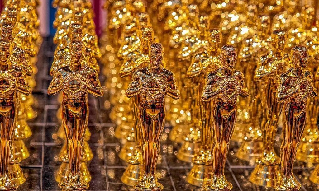Όσκαρ 2019: Οι αξέχαστες στιγμές των βραβείων - Ο γυμνός, η τούμπα και η πιο διάσημη selfie