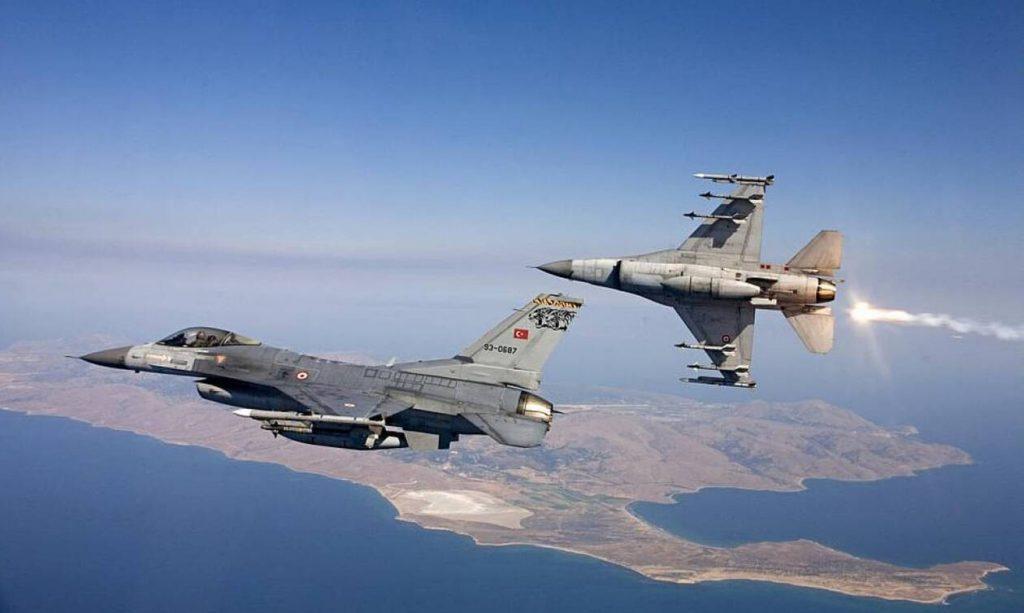 Συναγερμός στο Αιγαίο: Δύο εικονικές αερομαχίες και δεκάδες τουρκικές παραβιάσεις