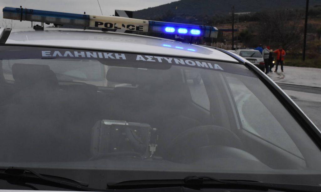 Καταδρομική επίθεση με μολότοφ και γκαζάκια στο ΑΤ Καισαριανής