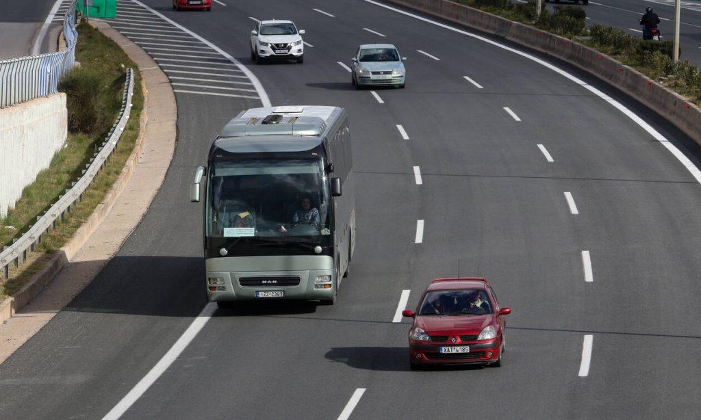 Επανεξετάζει όλους τους διαγωνισμούς η κυβέρνηση - Τι θα γίνει με τα διόδια της Αττικής Οδού