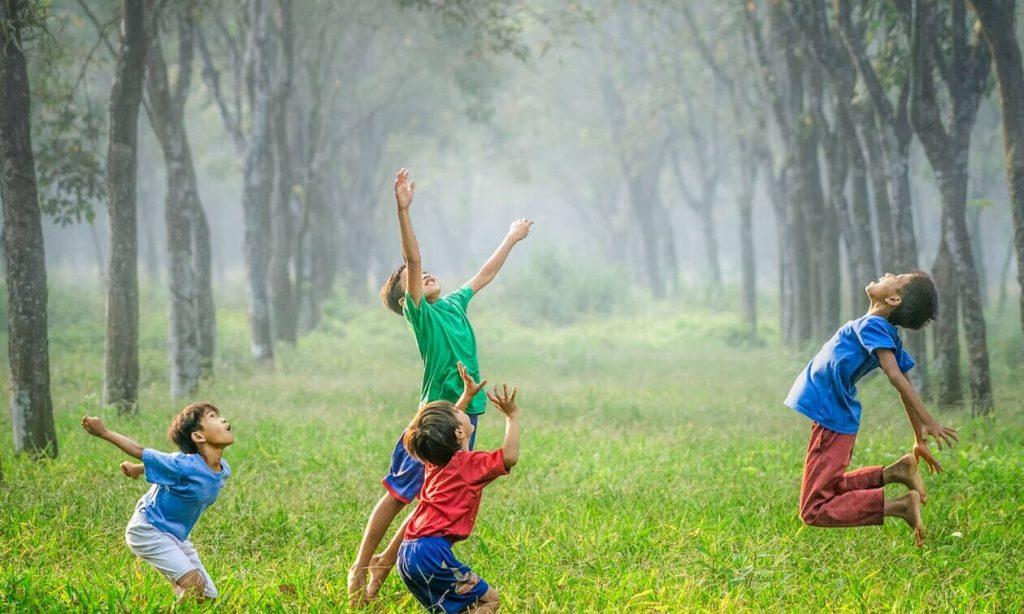 Έρευνα: η παιδική ηλικία κοντά στην φύση σε μετατρέπει σ