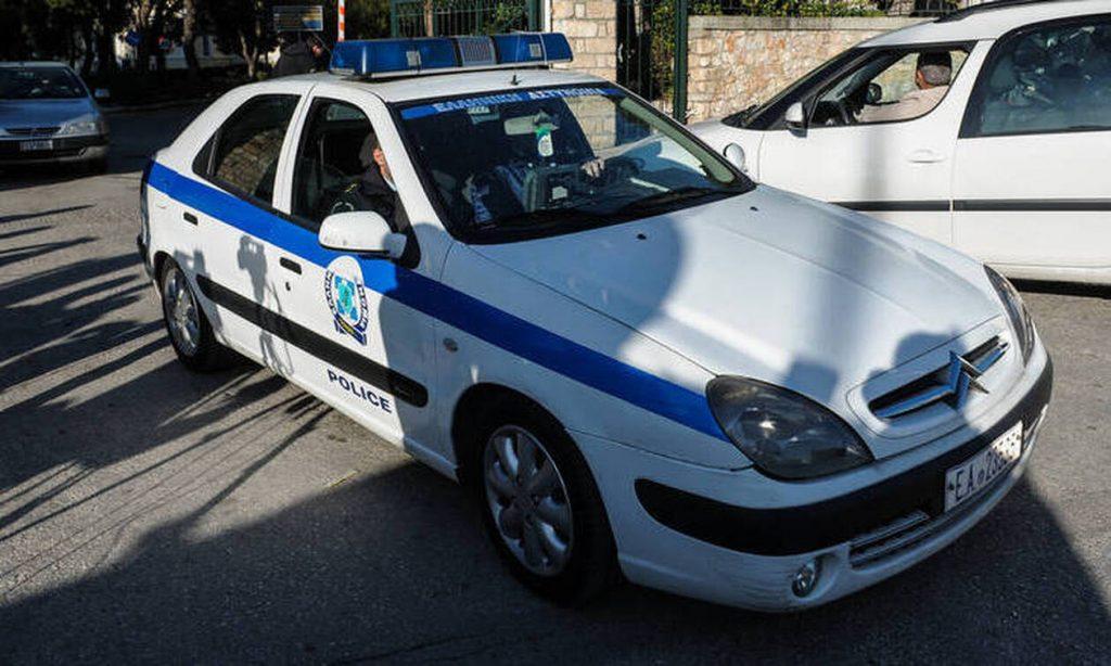Επίορκοι αστυνομικοί πουλούσαν πλαστά διαβατήρια έως και 40.000 ευρώ