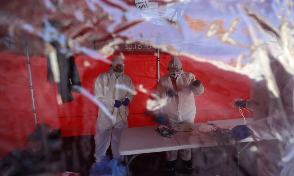 Κορονοϊός: Περισσότεροι από 26.500 οι νεκροί - Πάνω από 570.000 τα κρούσματα σε όλον τον κόσμο