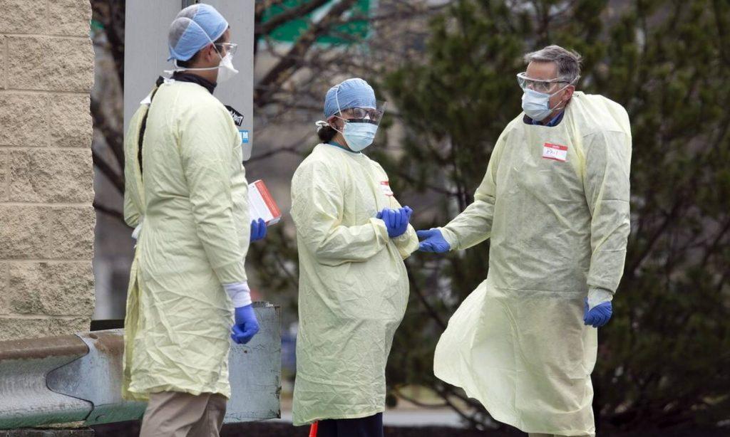 Κορονοϊός στις ΗΠΑ: Πάνω από 1.200 νεκροί σε 24 ώρες στις ΗΠΑ