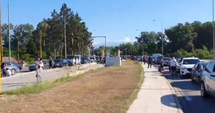 Σέρρες: Ουρές αυτοκινήτων και σήμερα (16/06) στον Προμαχώνα