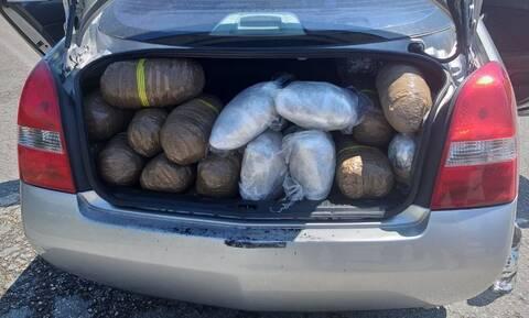 Θεσπρωτία: Τροχαίο ατύχημα έφερε στο φως εμπόριο ναρκωτικών (pics&vid)