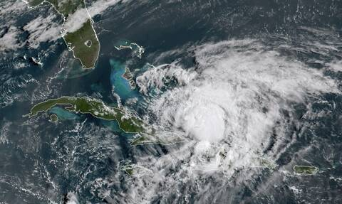 ΗΠΑ: Σε συναγερμό Φλόριντα και Βόρεια Καρολίνα - Πλησιάζει ο κυκλώνας Αϊζάιας