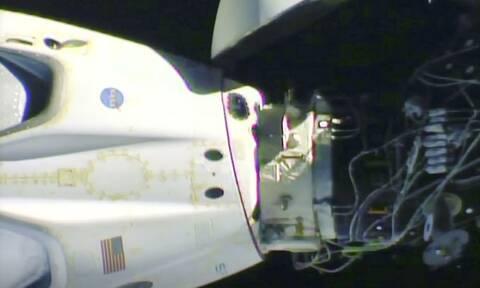 Η κάψουλα της SpaceX αναχώρησε από τον Διεθνή Διαστημικό Σταθμό με προορισμό τη Γη