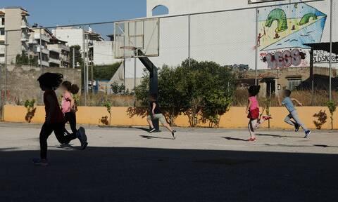 Κορονοϊός: Task force για τα ύποπτα κρούσματα σε μαθητές και δασκάλους - Πότε θα κλείνει το σχολείo
