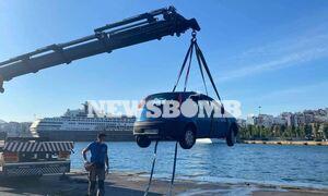 Τραγωδία στο λιμάνι του Πειραιά: Ένας νεκρός από πτώση αυτοκινήτου στη θάλασσα