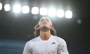 LIVE Τσιτσιπάς - Μεντβέντεφ 2-0: Με φόντο τους «4» του Roland Garros