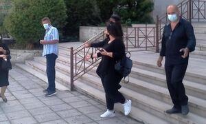 Βαγγέλης Γιακουμάκης: «Αυτοί ευθύνονται» - Ξέσπασε η μητέρα του στο Εφετείο για τα βασανιστήρια