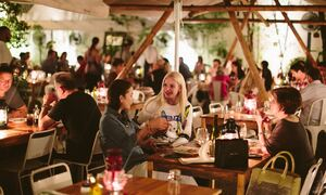 Πρώην σερβιτόροι σε συμβουλεύουν τι να μην τρως σε ταβέρνες