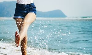 Φλεβική ανεπάρκεια το καλοκαίρι: Πόσο αυξάνει ο κίνδυνος για θρόμβωση;
