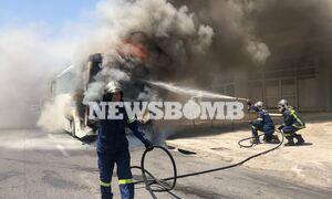Χαϊδάρι: Φωτιά σε λεωφορείο στην Αθηνών - Κορίνθου - Συγκλονιστικές εικόνες