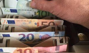 Βροχή πληρωμών την επόμενη εβδομάδα - Ποιοι πάνε ταμείο