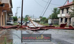 Καιρός: Εικόνες καταστροφής στην Καρδίτσα – Πού θα χτυπήσει η κακοκαιρία τις επόμενες ώρες