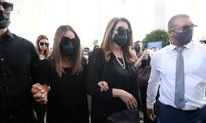 Τόλης Βοσκόπουλος - «Αθάνατος»: Πλήθος κόσμου στο τελευταίο «αντίο» στον αγαπημένο τραγουδιστή