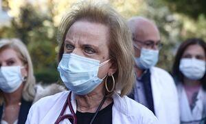 Κορονοϊός - «Καμπανάκι» Παγώνη: Σε μία εβδομάδα πενταπλασιάστηκαν οι εισαγωγές στα νοσοκομεία