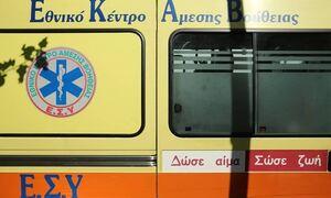 Αθηνών - Κορίνθου: Τροχαίο με δύο νεκρούς - Ήθελε να διασχίσει τον δρόμο πεζός