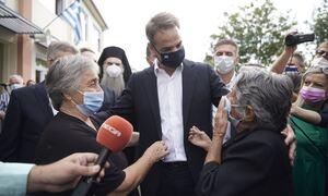 Λάρισα: Ο Μητσοτάκης άκουγε ραδιοφωνική εκπομπή που μιλούσαν γι' αυτόν και τους πήρε... τηλέφωνο