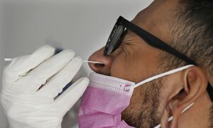 Κορονοϊός: Προχωρούν οι δοκιμές για ρινικό εμβόλιο – Θετικά τα πρώτα αποτελέσματα