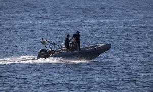 Τούρκοι απειλούν να σφάξουν και επιχειρούν να βουλιάξουν Έλληνες ψαράδες στους Φούρνους (Vid)
