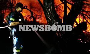 Φωτιά Νέα Μάκρη - Ρεπορτάζ Newsbomb.gr: Νύχτα αγωνίας για το διπλό μέτωπο - Εκκενώθηκαν περιοχές