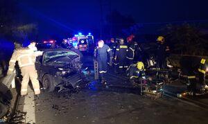 Τραγωδία στον Άγιο Στέφανο: Σύγκρουση τριών οχημάτων - Ένας νεκρός
