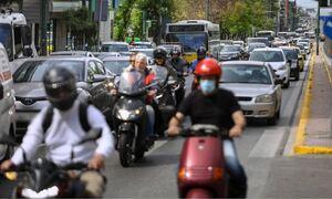 Κίνηση ΤΩΡΑ: Κλειστό το κέντρο της Αθήνας από την πορεία εκπαιδευτικών και μαθητών