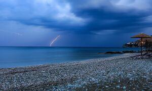 Καιρός: Με καταιγίδες και χαλάζι η Τρίτη - Έρχεται νέο σφοδρότερο κύμα κακοκαιρίας